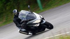 Guidare lo Yamaha TMax - Immagine: 8