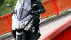 Guidare lo Yamaha TMax - Immagine: 13