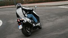Guidare lo Yamaha TMax - Immagine: 16