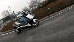 Guidare lo Yamaha TMax - Immagine: 15