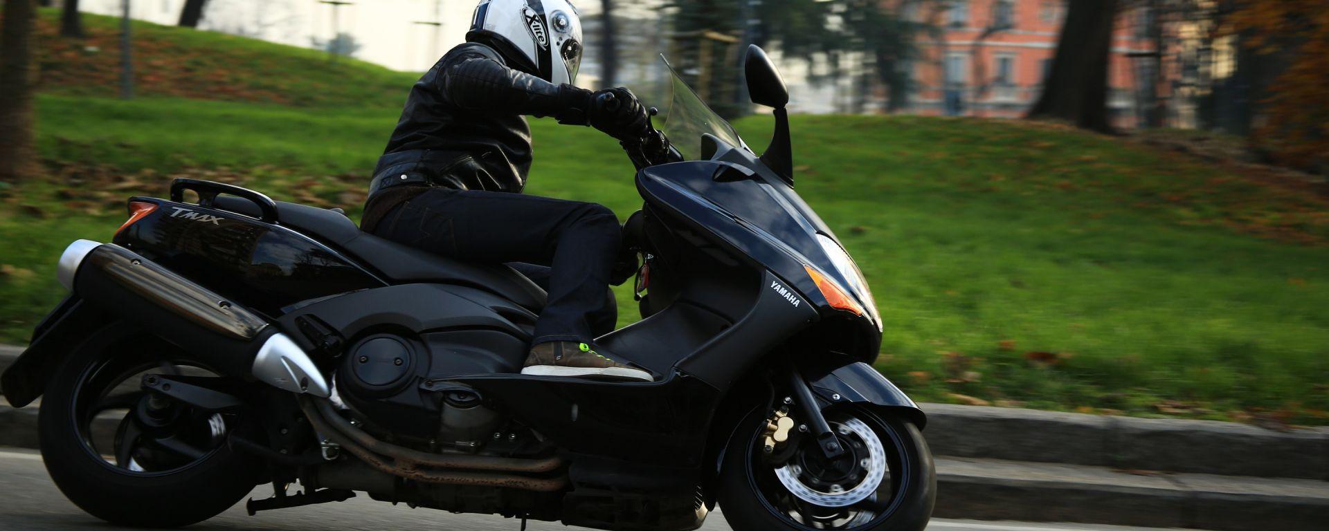 Guidare lo Yamaha TMax