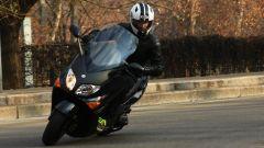 Guidare lo Yamaha TMax - Immagine: 2