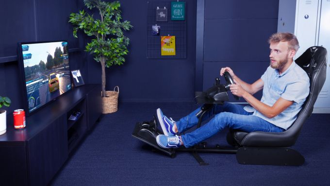 GXT 1155 Rally Racing Simulator Seat in azione