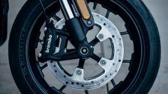 H-D LiveWire 2019: freno a disco da 300 mm con pinza ad attacco radiale e forcella USD Showa
