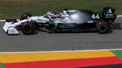 Hamilton (Mercedes) in pista in Germania