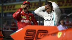 Hamilton (Mercedes) preoccupato dalla Ferrari dopo le qualifiche di Singapore