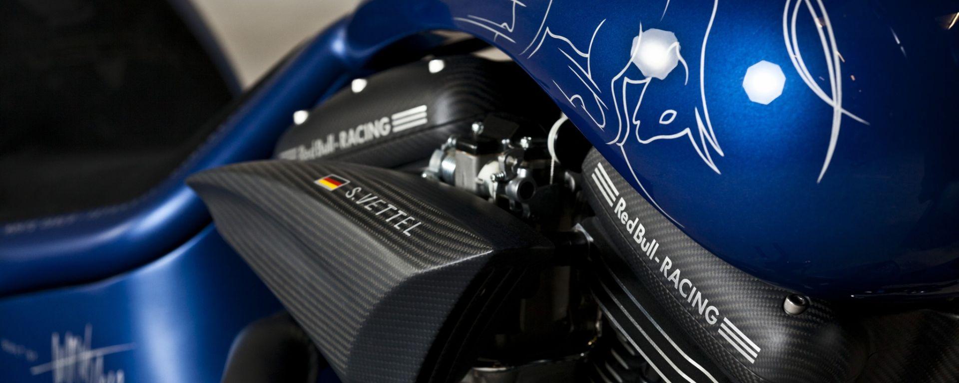 Hardcore: la moto di Vettel