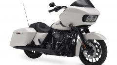 Harley-Davidson CVO Road Glide white, vista frontale