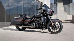 Harley Davidson CVO Street Glide, vista laterale