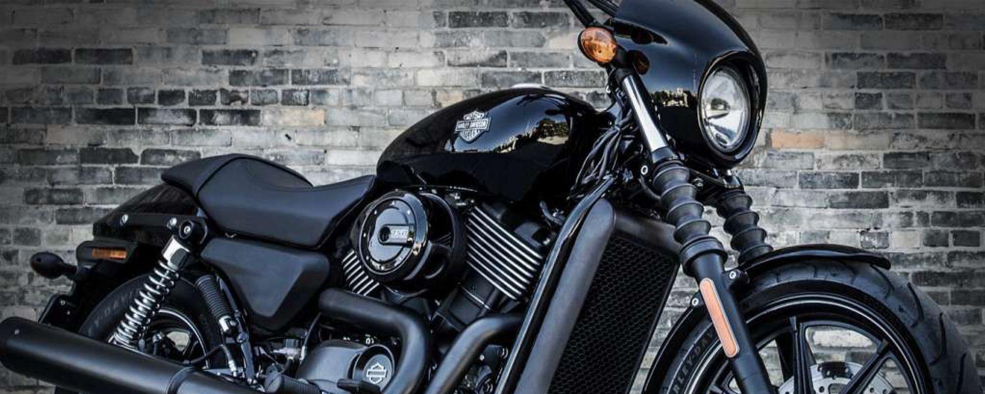 Harley-Davidson: il Dark Custom Tour fa tappa a Roma