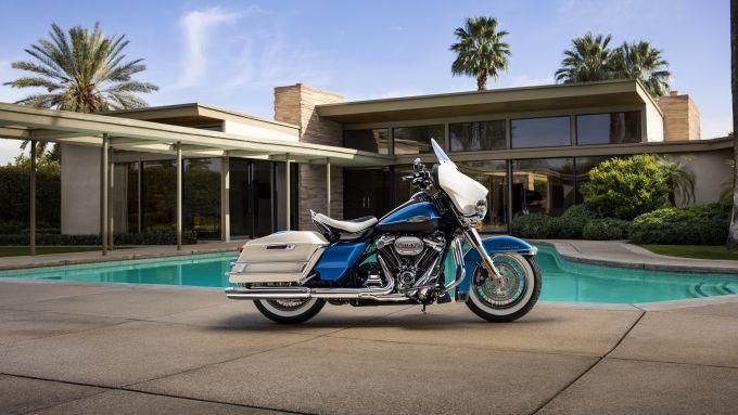 Harley-Davidson Electra Glide Revival 2021: edizione limitata a 1.500 unità