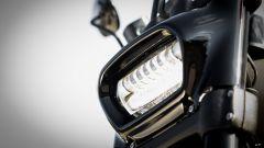 Harley Davidson Fat Bob 114 MY 2018: il faro a LED