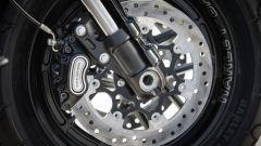 Harley Davidson Fat Bob 114 MY 2018: l'impianto frenante con doppio disco e ABS