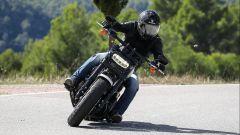Harley Davidson Fat Bob 114 MY 2018 offre notevoli possibilità di piega