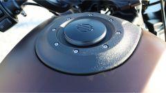 Harley-Davidson FXDR 114: il tappo del serbatoio