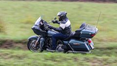 Harley Davidson gamma Touring 2020: Road Glide Limited, vista laterale