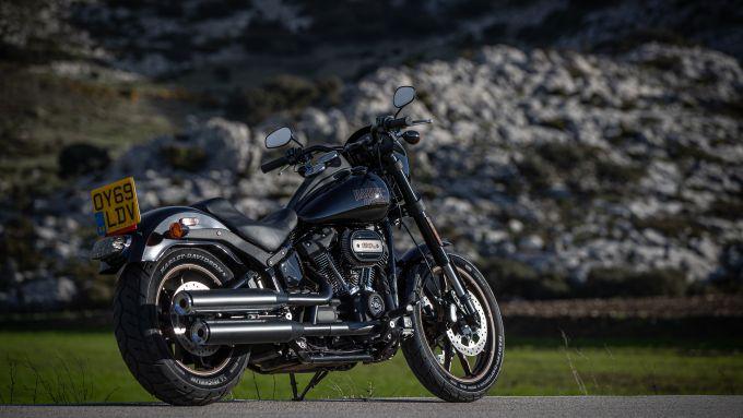 Harley-Davidson Low Rider S: vista 3/4 posteriore destra