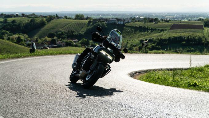 Harley Davidson Pan-America 1250 Special è molto appagante in uscita di curva