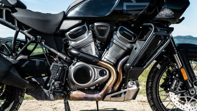 Harley Davidson Pan-America 1250 Special, lato destro del V-Twin