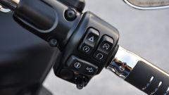 Harley-Davidson Road Glide Special, il blocchetto destro