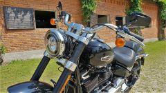 Harley Davidson Sport Glide: il frontale senza cupolino