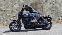 Harley-Davidson Street Rod 750, le dimensioni sono importanti
