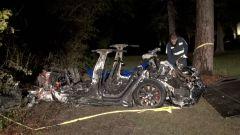 Harris County, Texas: la Tesla Model S distrutta dopo lo schianto senza nessuno alla guida