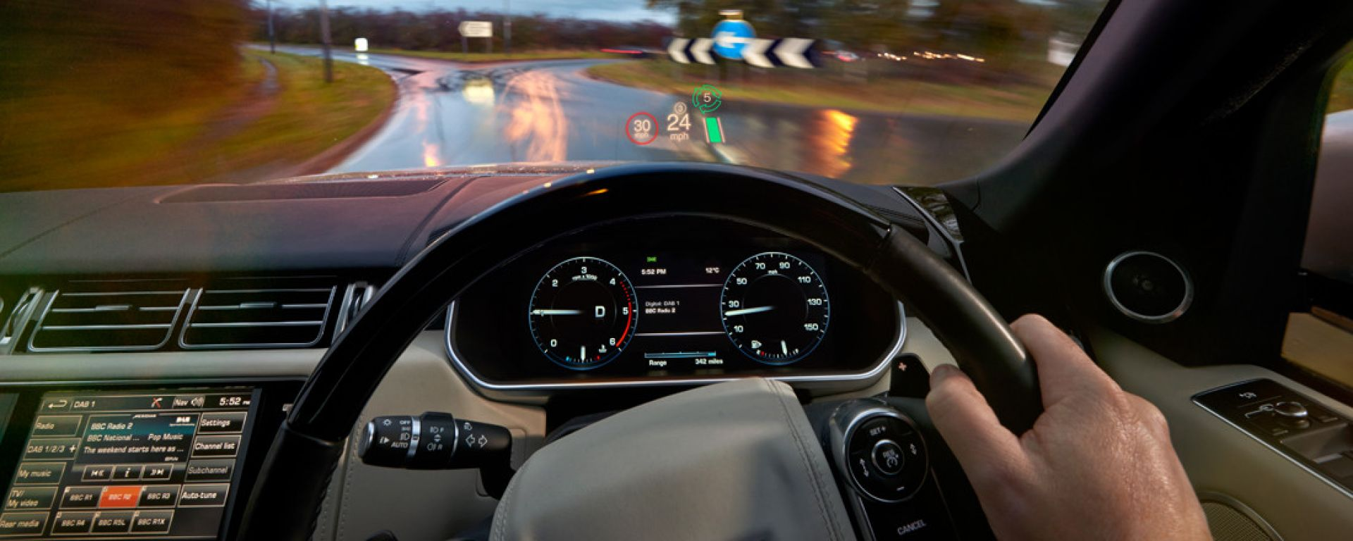 Head-up display 3D made in Jaguar-Land Rover