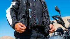 Held Clip-in Air Vest: dettaglio della bombola d'aria compressa