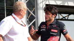 Helmut Marko e Carlos Sainz ai tempi della Toro Rosso