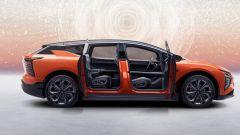 HiPhi X: dalla Cina il SUV transformer che sfida Tesla Model X - Immagine: 5