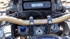 Honda Africa Twin Adventure Sports 2020: dettaglio della forcella a controllo elettronico