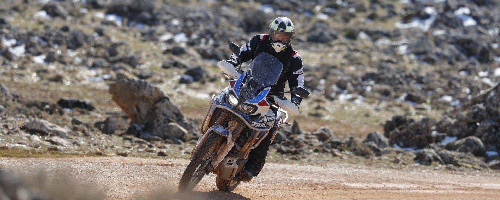 Honda Africa Twin Adventure Sports: la prova su strada e non