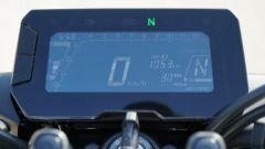 Honda CB 125R: il quadro strumenti digitale