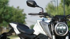 Honda CB 125R: la sella
