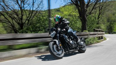 Honda CB1000R 2021: la Black Edition in strada