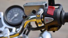 Honda CB1100 EX: i comandi al manubrio, lato destro