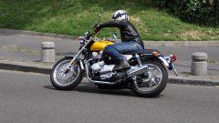 Honda CB1100 EX: le gomme strette migliorano l'agilità