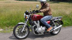 Honda CB1100 EX vs Yamaha XJR 1300 2015 - Immagine: 13