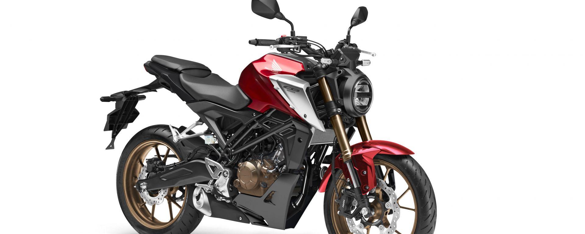 Honda CB125R 2021: la piccola gioca da grande. Le novità