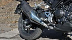 Honda CB300R 2019: dettaglio dello scarico