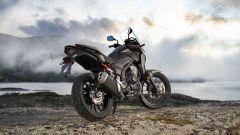 Honda CB400X: caratteristiche tecniche, motore, colori