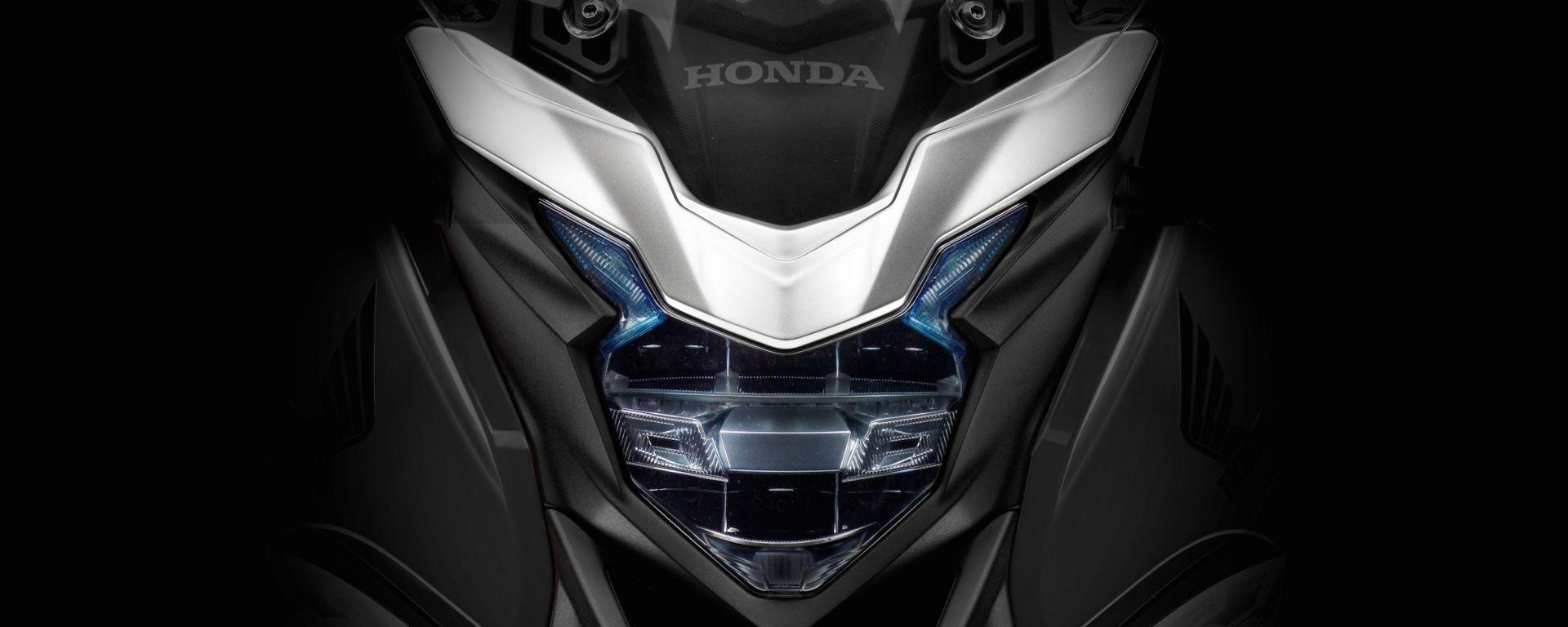 Honda CB500X 2016: prime foto e info