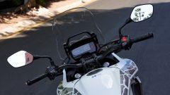 Honda CB500X 2019: il nuovo manubrio