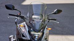 Honda CB500X 2019: il parabrezza è 2 cm più alto che in passato