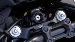 Honda CB500X 2019: la forcella è regolabile nel precarico