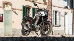 Honda CB500X 2021: 3/4 anteriore