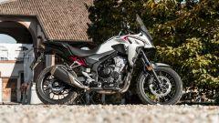 Honda CB500X 2021: vista laterale