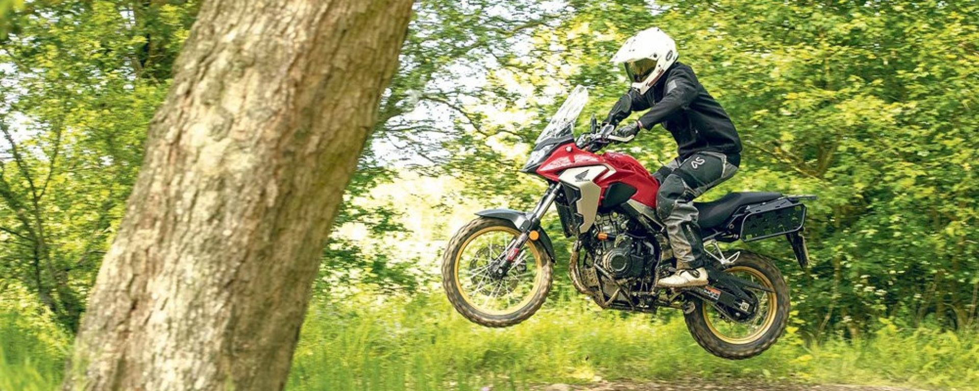 Honda CB500X: Rally Raid la modifica per il vero off-road