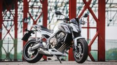 Honda CB650F: vista 3/4 anteriore